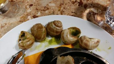 Snails in garlic butter (2)