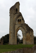 glastonbury-abbey-10