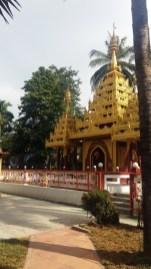 Dharmikarama Burmese Temple gold pagoda