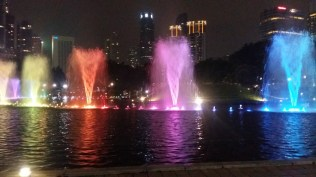 KLCC park fountains light show 9