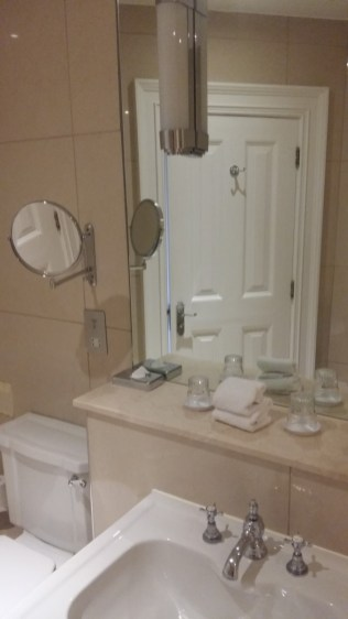 Ettington Park bathroom 2