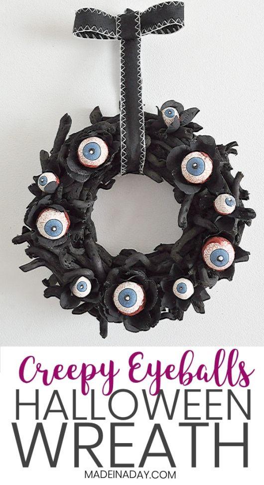 Creepy-Halloween-Eyeball-Wreath-
