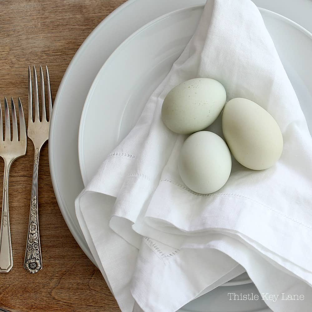 Spring Tablescape With Bunnies And Eggs