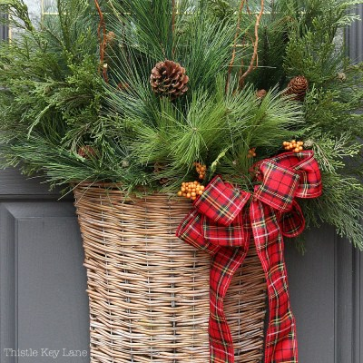 Holiday Basket Door Decoration