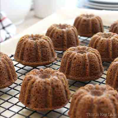 Mini Gingerbread Cake Recipe