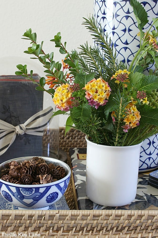 Garden clippings with flowers in white vase - Fall Home Tour With Subtle Colors.
