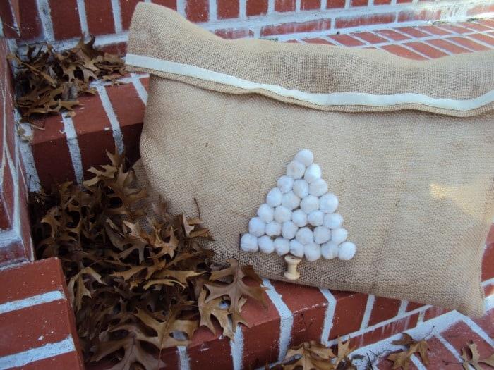 Christmas-tree-pillow