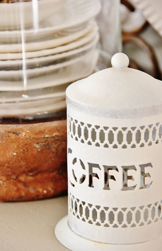 fall-decorating-ideas-for-the-kitchen-coffee-container