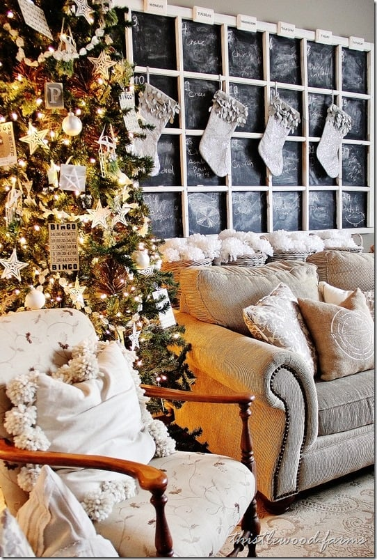 Family_Room_Christmas_Chalkboard
