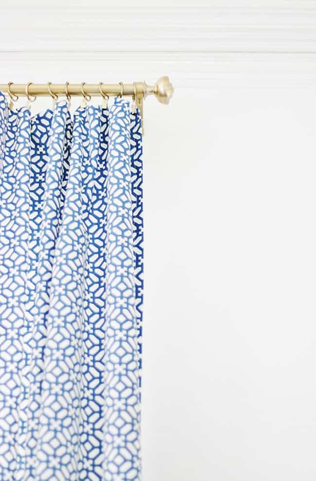 curtains on a curtain rod
