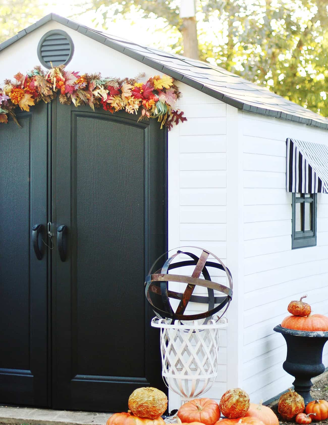 shed decorated