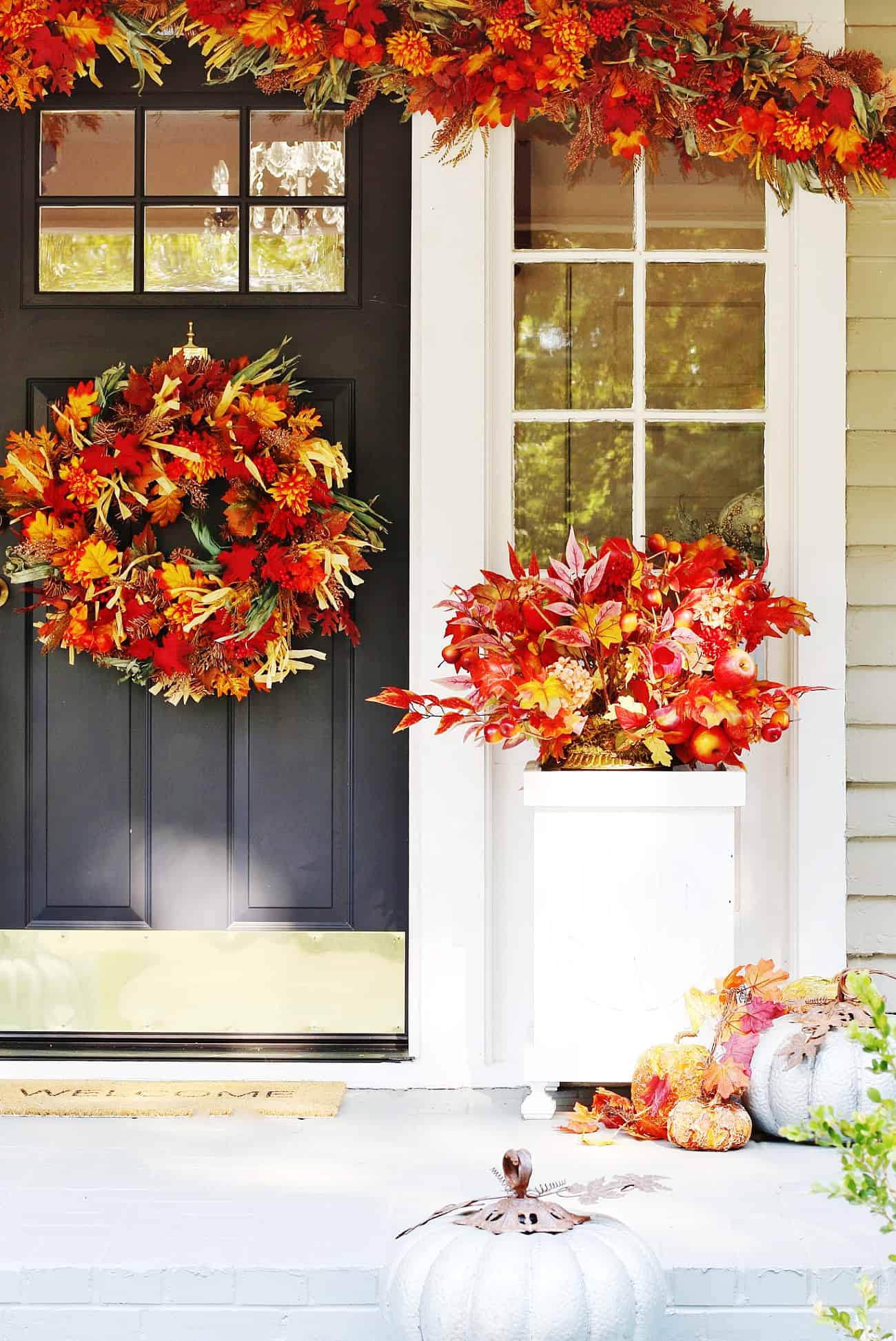 fall porch decorating ideas leaves