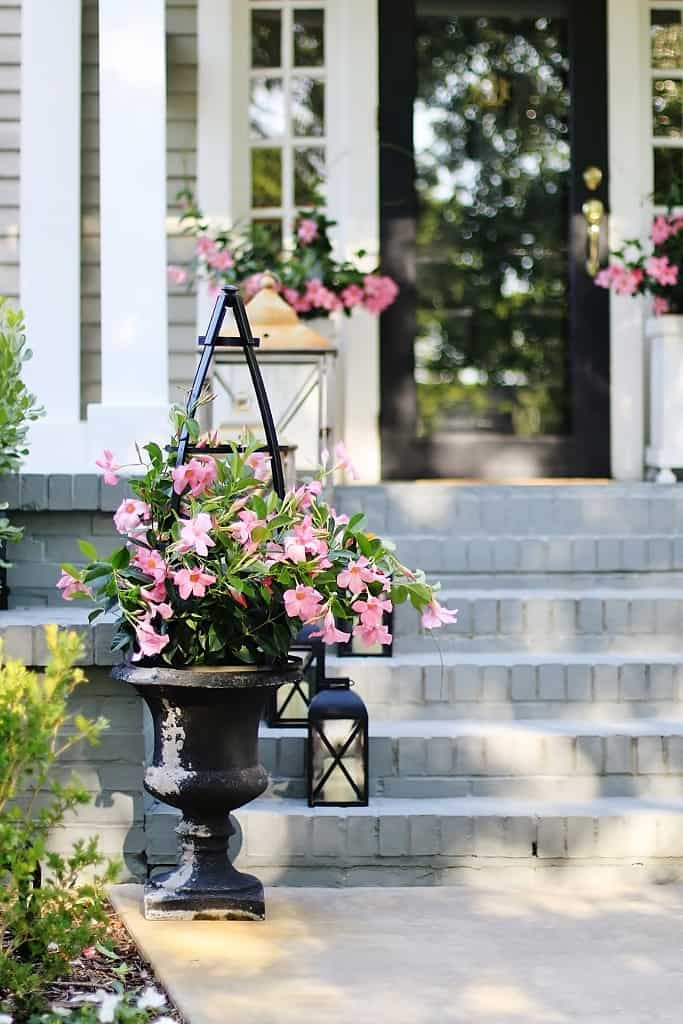 how to make an obelisk front porch