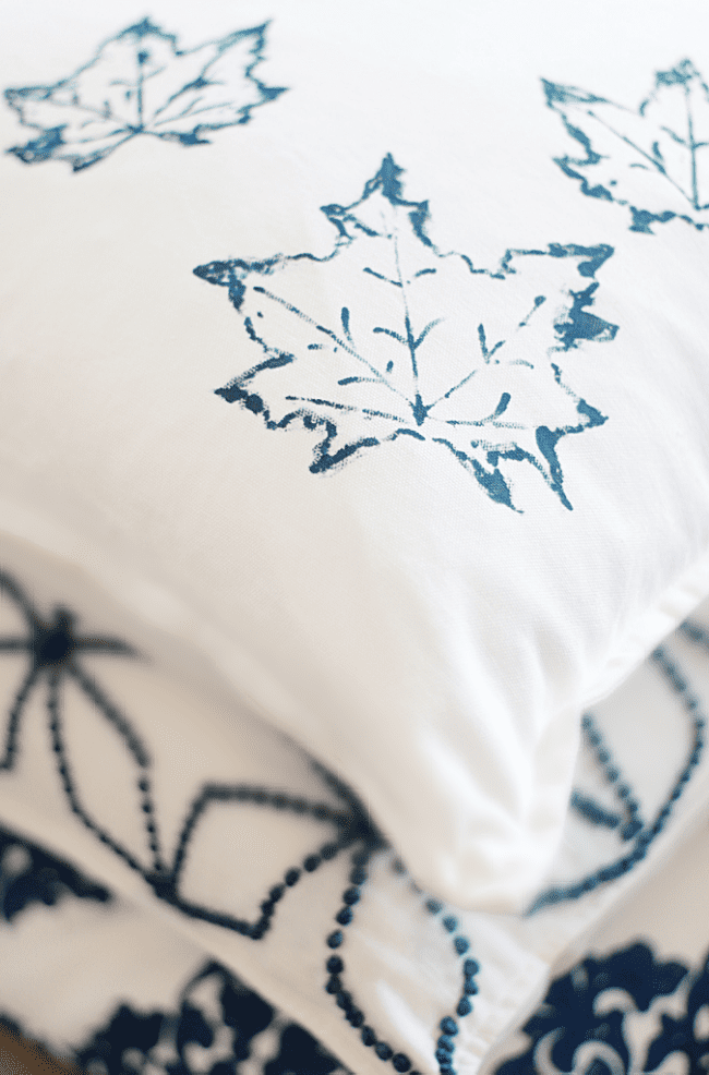 simple fall craft pillow with leaf