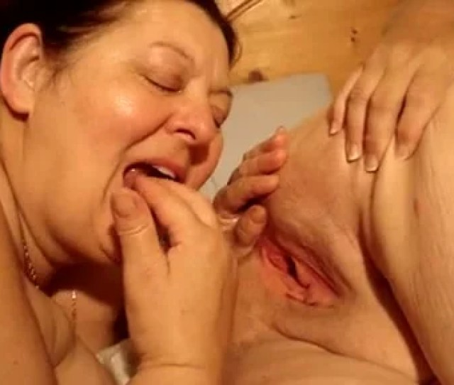 Fat Woman Fingers Lesbian Pussy And Sucks A Dick