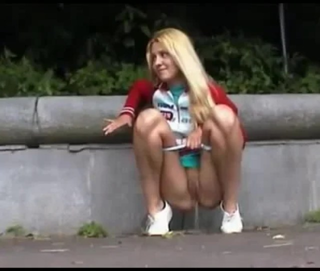 Bashful Young Teen Public Pissing