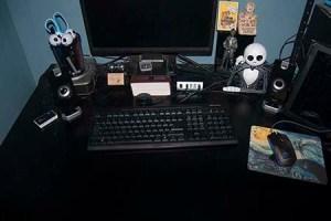 TWiW Clean Desk