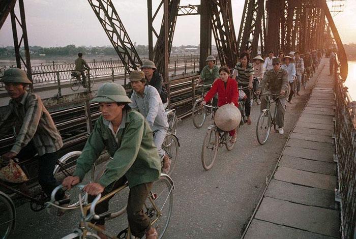 Hà Nội không vội được đâu - Những khoảnh khắc bình dị của Việt Nam năm 1989