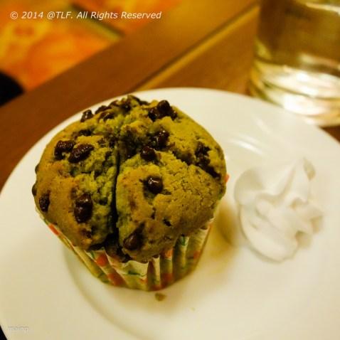 Matcha Choco Chips Muffin
