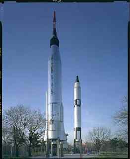 2_rockets_full.cr.