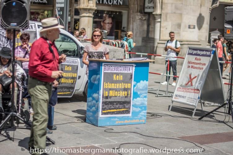 Michael stürzenberger Marienplatz 29.05.2016 (1 von 5)
