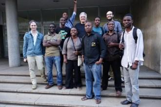 alle Teilnehmer des Film Workshops vor der National Gallery in Harare