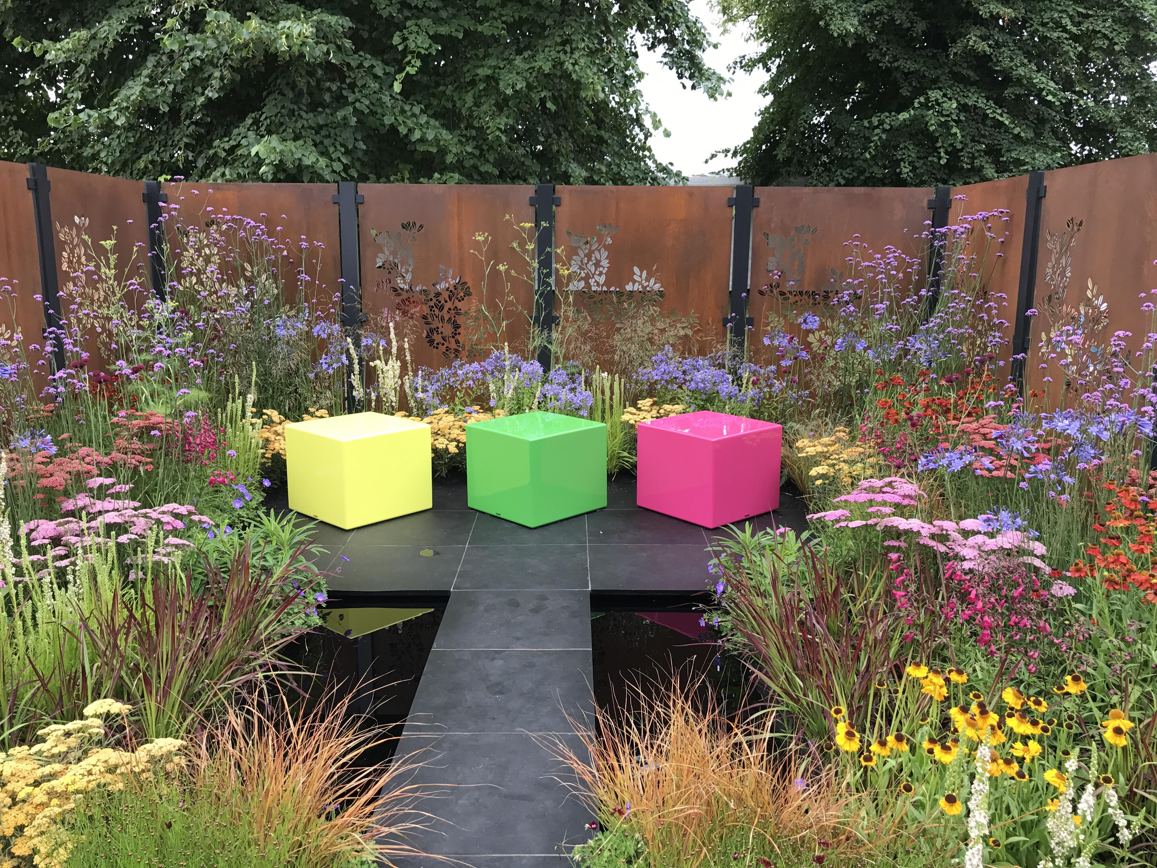 img 0047 Hampton court flower show, a brief summary