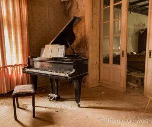 Klavier Urologen-Villa
