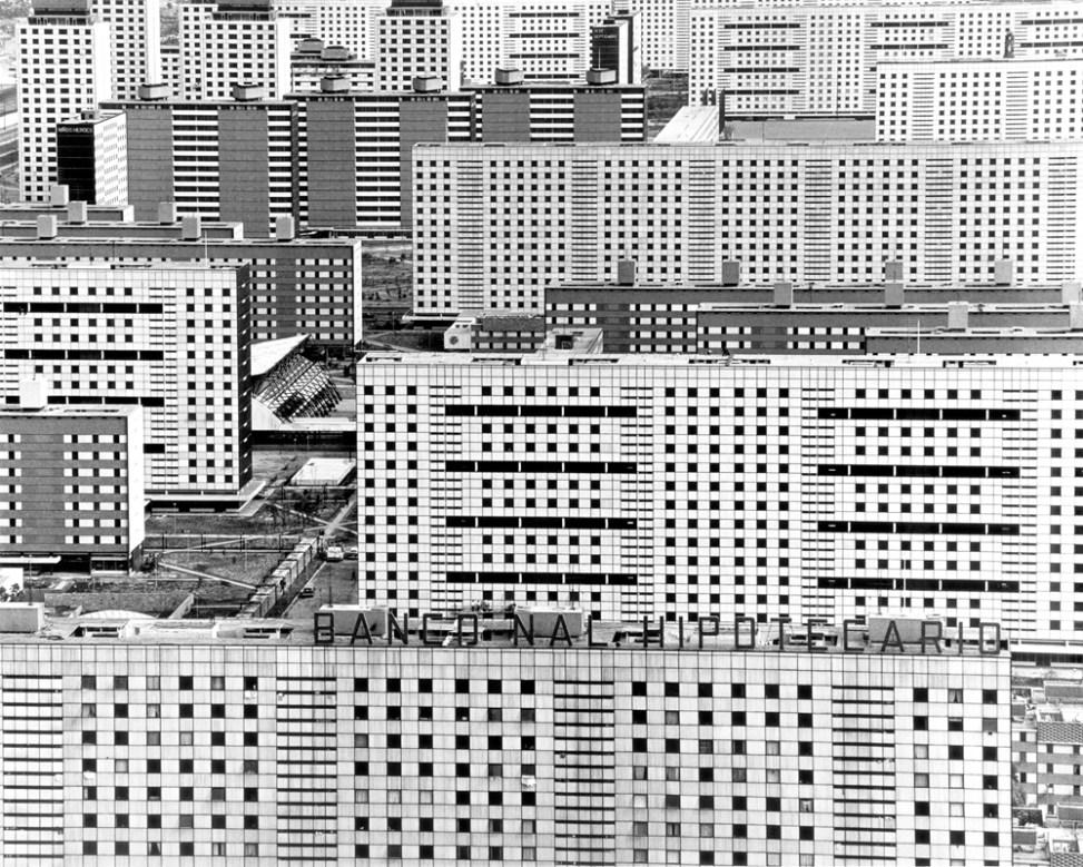 Unité d'habitation Nonoalco-Ttlaleolco, México, 1963 – Rodrigo Moya.