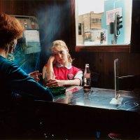 Maureen-Paley-Hannah-Starkey-Artwork-Untitled-October-1998-1998-2