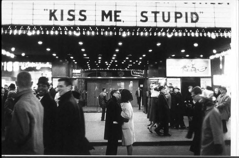 Kiss me Stupid