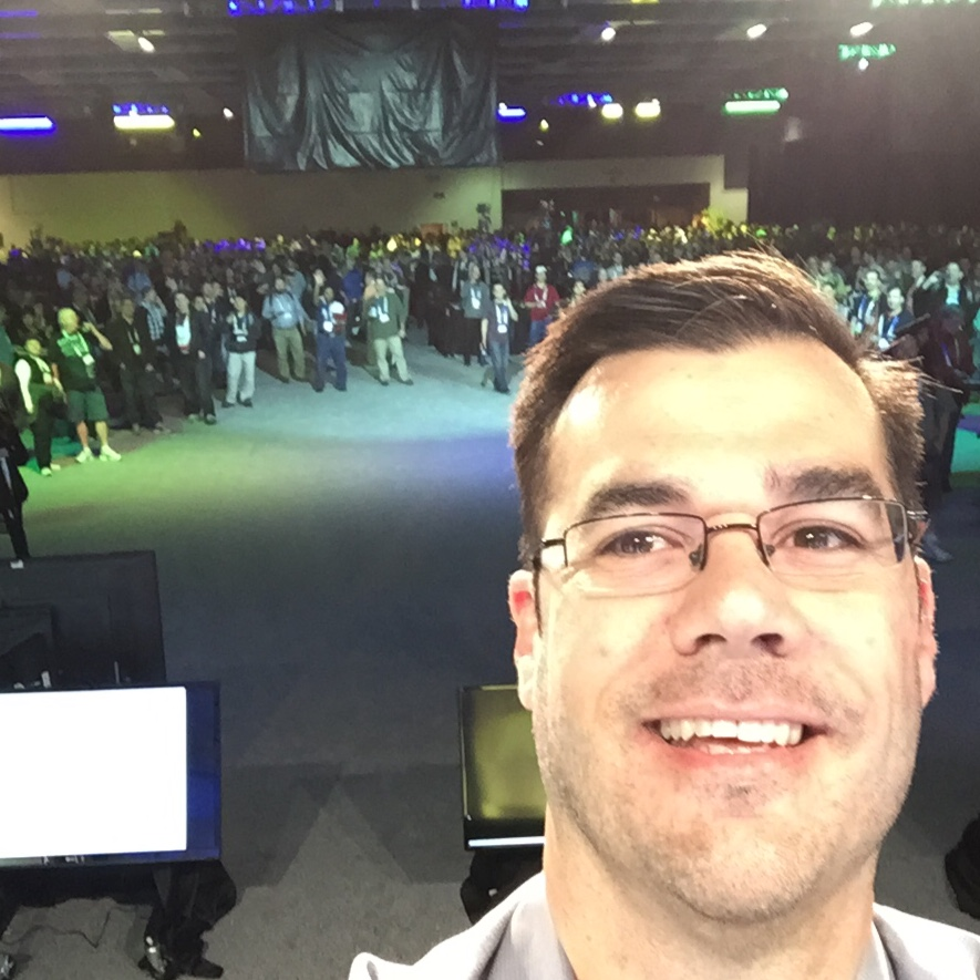 The first (and only) selfie taken from the PASS Summit stage.