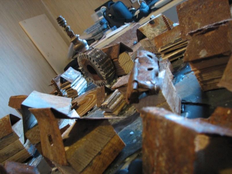 fabrication-seuls-les-poissons-morts-thomaslombard