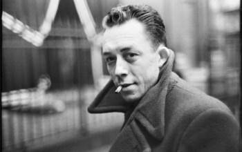 Den evigt relevante Albert Camus: Eksistentialisme 101 og dagbogsskrivning