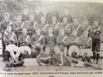 De La Salle Football Team 1907, Committee and Players. Ashe third from left, middle row.
