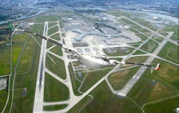 Non polluant, peu bruyant Zéro émission de produits poilluants et un bruit annoncé comme 75 % plus discret que celui émis par les avions actuels.