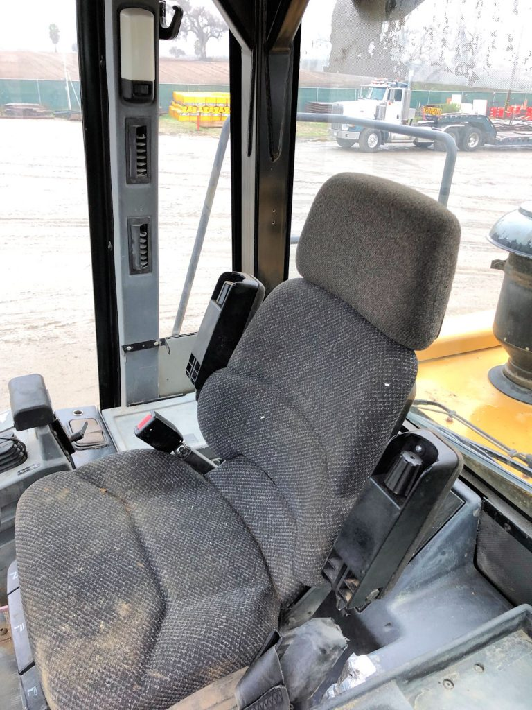 1999 Caterpillar 972G Cab Seat