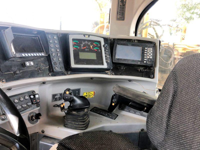 2012 Caterpillar 627H Cab Interior