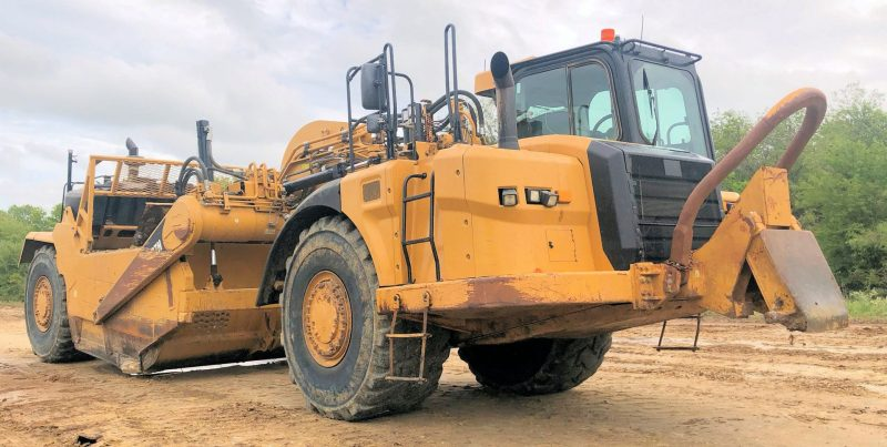 2012 Caterpillar 627H Right Front