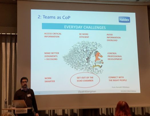 Patrik Bergman in front of a slide about the everyday challenge of teams as a community of practice