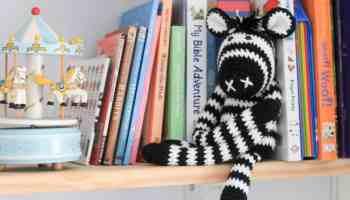 Ravelry: Monkey curtain tieback crochet, amigurumi pattern by ... | 200x350