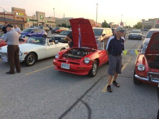2018-Aug-27-Monday-Night-Cruise-MG-Car-Club-ThornhillCruisersCarsClub-10