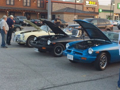 2018-Aug-27-Monday-Night-Cruise-MG-Car-Club-ThornhillCruisersCarsClub-18