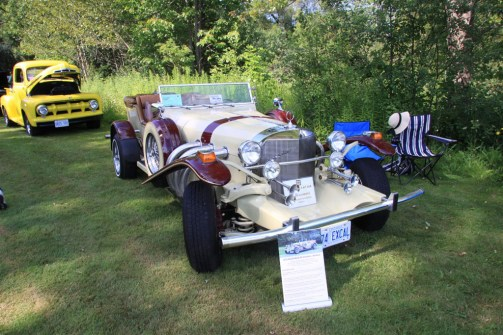 2019-Aug-11-Antique&ClassicCarShow-Whitchurch-Stouffville-Museum-ThornhillCruisersCarClub-12