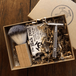 Mutiny safety razor