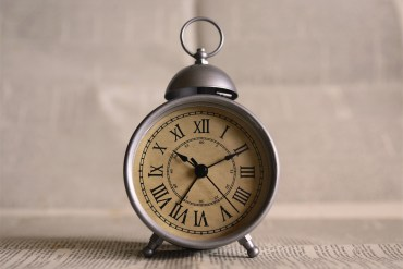 clock-alarm-clock-hands-time-silver-chrome-vintage