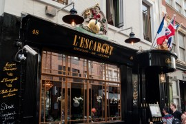 L'Escargot-exterior-soho-london-french-restaurant