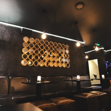 NoirW1-Noir-W1-London-Restaurant-Bar-Club-Review-eat-going-out-in-best-cocktails-steak-sliders-burgers-jerk-chicken-pizza-chocolate-