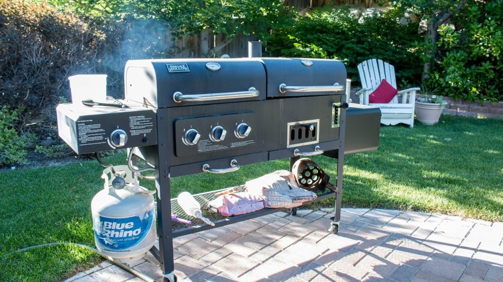 barbecue-grilling-garden
