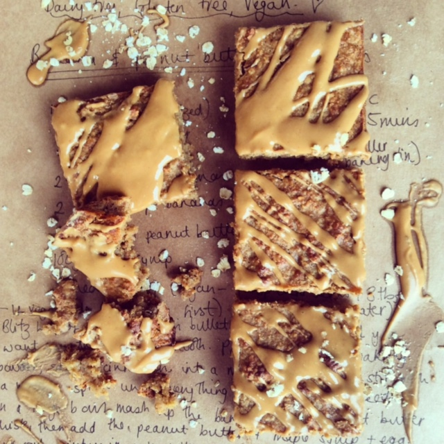 baking-bright-peanut-butter-and-banana-oat-slice